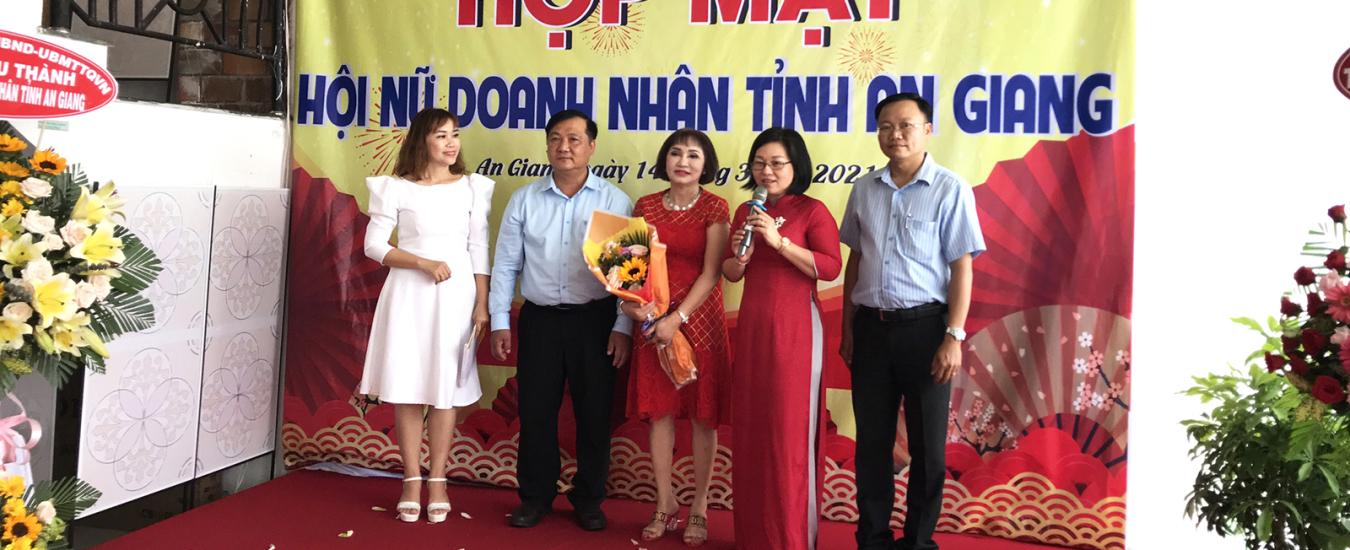 hop-mat-nu-doanh-nhan-tinh-an-giang-5